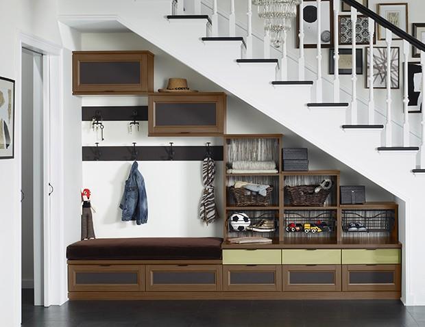 organized-family-storage-mudroom