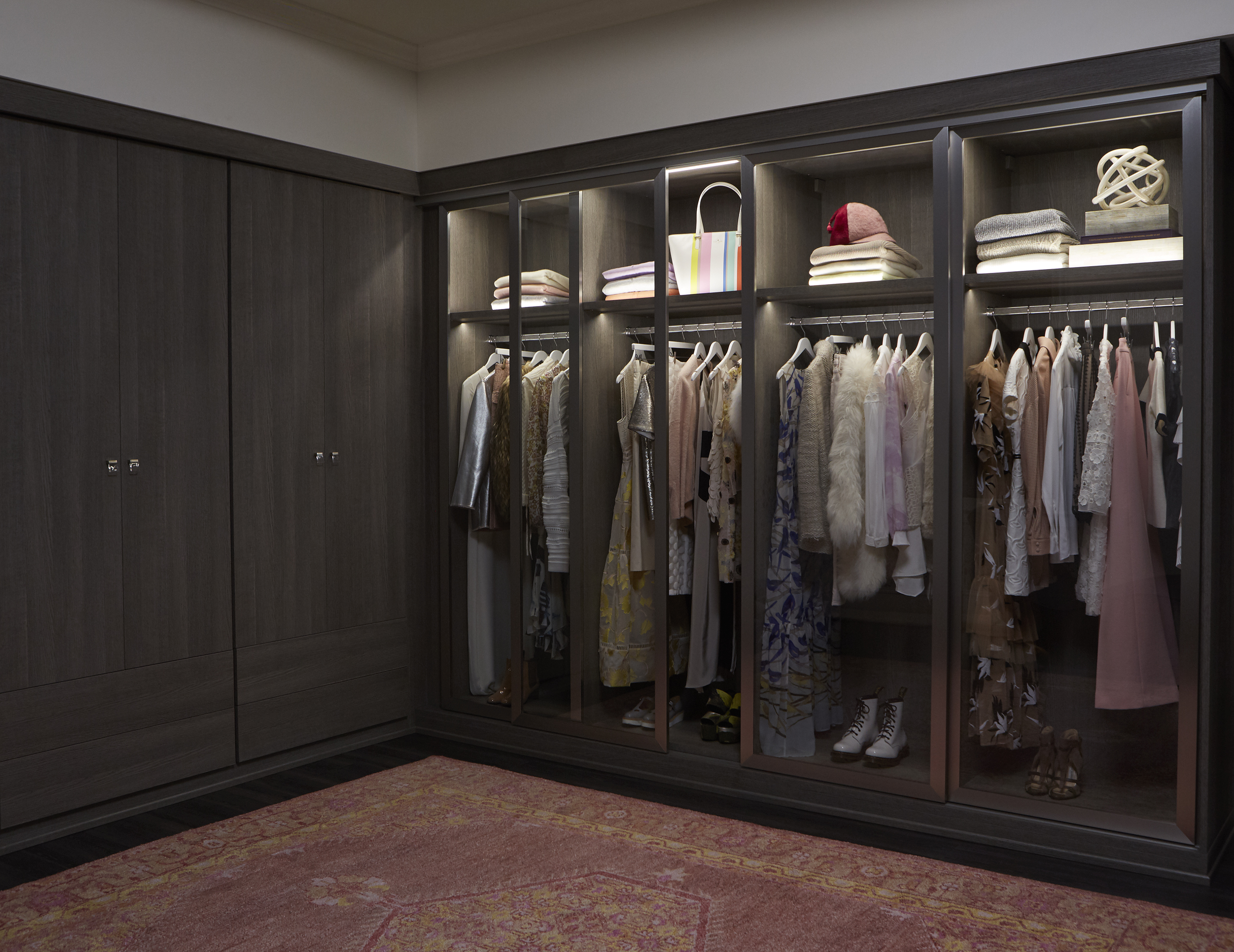 Delicieux Dark Brown Walk In Closet With Wardrobe Closet Rods Shelving And Built In  Lighting