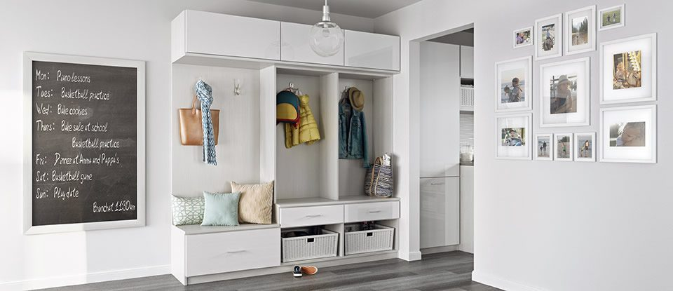 Mudroom Storage & Entryway Organization | California Closets