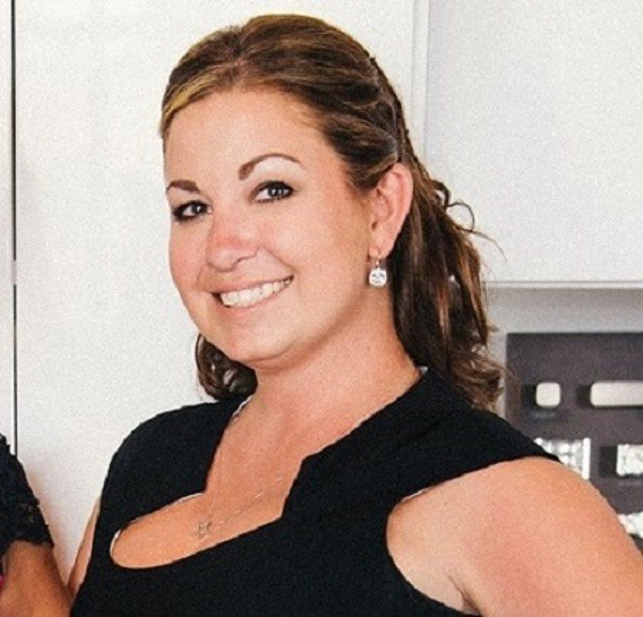 California Closets Designer Shay Costin headshot