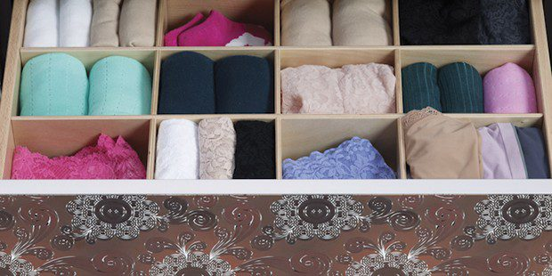 In the Fold: A Decluttering Genius Reimagines the Everyday Drawer