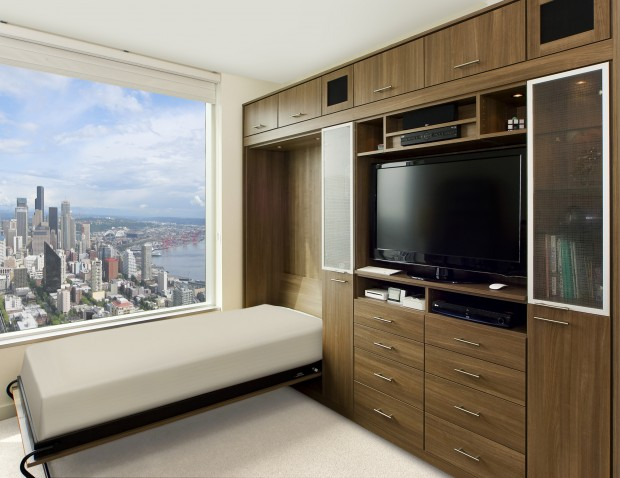capitol-hill-apartment-lago-roman-walnut-aluminum-frame-glass-insert-gllry