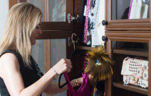 Un Salon Féminin Offrant un Refuge Confortable et Élégant