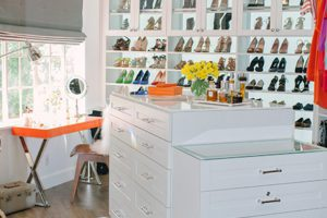 A Red Carpet-Worthy Walk-in for Tiffani Thiessen