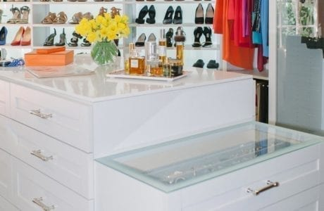 White High Gloss Walk in Closet withTiered Stand Alone Dresser With Frosted Glass Top