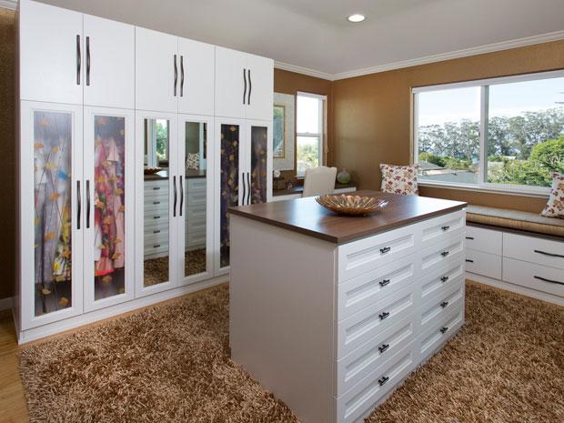 California Closets - Schaffer Walk-in Closet