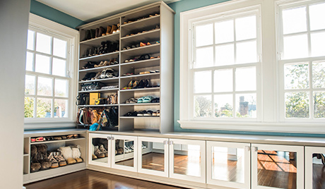 Bay Window Bench Seating with Shelving and Cabinets with Mirrored Glass Doors