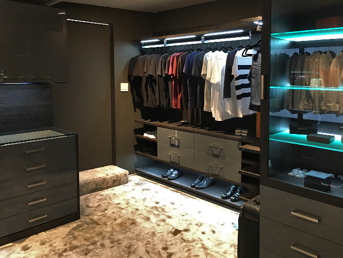California Closets Top 10 Designs of 2016 - Hollywood Hills Sleek