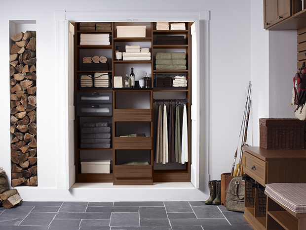 California Closets Virginia Beach - Custom Linen Closet System