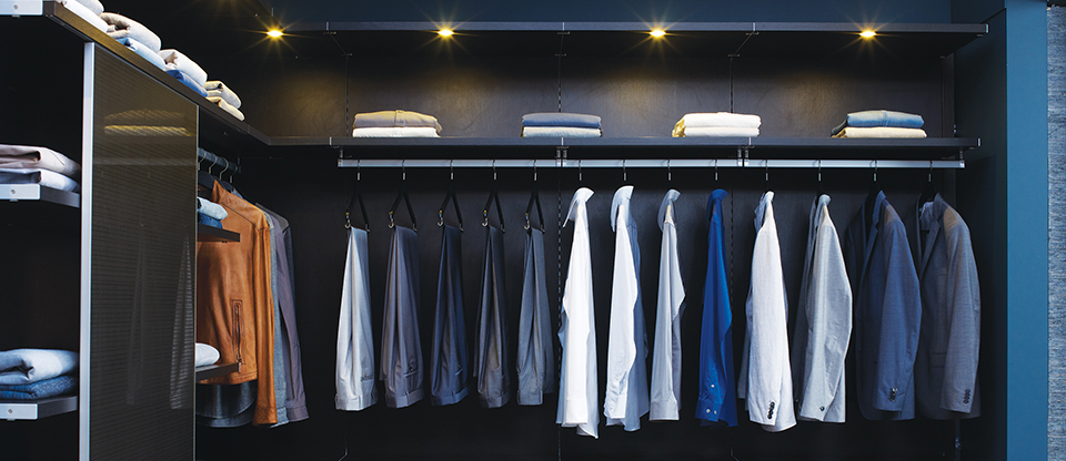California Closets Sacramento - Clean out Your Closet with These Space Saving Solutions